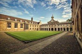 Emmanuel College, University